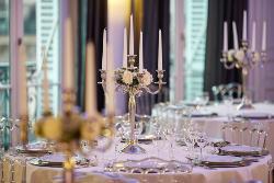 decoration table mariage avec chandelier